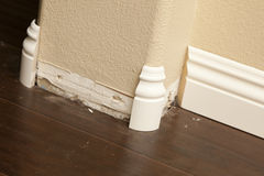 New Baseboard and Bull Nose Corners with Laminate Flooring Royalty Free Stock Photos