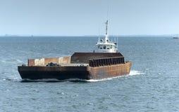 Pusher tug Thuban pushing barge Royalty Free Stock Photography