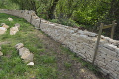 New Cotswold Stone Wall Royalty Free Stock Photography