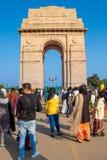 New Delhi, India - Februari, 2019 De Poort van India in New Delhi India Gate is een oorlogsgedenkteken aan 82.000 militairen van  stock fotografie