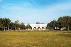NEW DELHI India, 26 Januari 2018: Het Birlahuis of Birla Bhavan, in New Delhi, India, zijn het huis waar Mahatma Gandhi l besteed stock foto