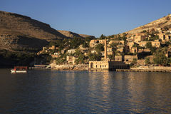 New Halfeti and the river Euphrates Royalty Free Stock Photos