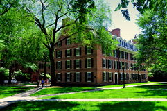 New Haven, CT: 1750 Connecticut Hall at Yale University. Historic Connecticut Hall, built in 1750, in the Old Quadrangle is the oldest extant building at Yale Stock Images
