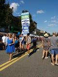 New-Jersey Demokraten an der Werktags-Straße angemessen, Rutherford, NJ, USA stockbild