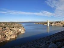 New-mexico湖和水坝 库存图片
