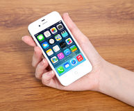 New operating system IOS 7 screen on iPhone 4S Apple Royalty Free Stock Photos