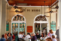 New Orleans Cafe Du Monde Patrons Royalty Free Stock Photos