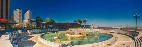 NEW ORLEANS - FEBRUARI 2016: Panoramautsikt av den spanska plazaen på Arkivbilder