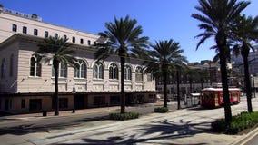 New Orleans gammal spårvagn på Canal Streetspårvägen New Orleans Louisiana lager videofilmer