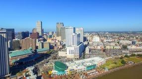 NEW ORLEANS, LA - FEBRERO DE 2016: Opinión aérea de la ciudad New Orleans a Imagen de archivo
