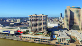 NEW ORLEANS, LA - FEBRERO DE 2016: Opinión aérea de la ciudad New Orleans a Foto de archivo