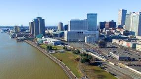 NEW ORLEANS, LA - FEBRERO DE 2016: Opinión aérea de la ciudad New Orleans a Imagen de archivo libre de regalías