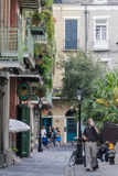 New Orleans, LA/USA - circa marzo 2009: Vie del quartiere francese a New Orleans, Luisiana Immagini Stock Libere da Diritti
