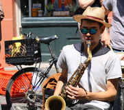 NEW ORLEANS - MAY 5, 2017 - Street performer in the streets of N Stock Images