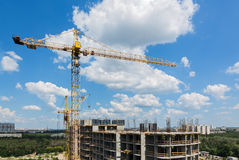 New tall modern building construction Royalty Free Stock Images