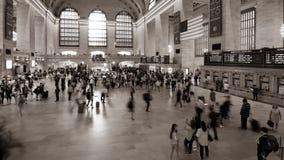 """NEW YORK †""""JULI 24: Rusningstider i den Grand Central stationen lager videofilmer"""