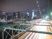New York, Бруклинский мост на ноче Стоковые Фотографии RF