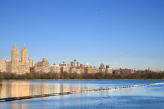 New york. Panoramic view of Jacqueline Onassis reservoir, Central Park, Manhattan, New York Stock Images