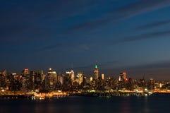 New York alla notte fotografia stock libera da diritti
