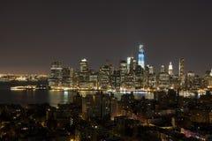 New York bis zum Nacht - neues WTC im Blau Lizenzfreie Stockfotografie
