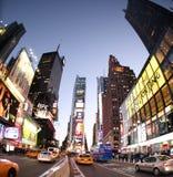 New York Broadway bij nacht Royalty-vrije Stock Afbeelding