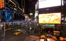 New York Broadway bij nacht Stock Foto