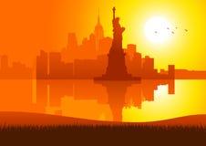 New York City auf Sonnenuntergang lizenzfreie abbildung