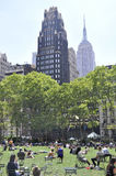 New York City august 3rd: Bryant Park från Manhattan i New York Arkivbild