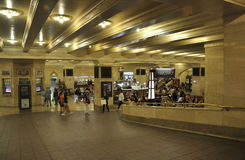 New York City august 3rd: Grand Central stationsinre från Manhattan i New York Royaltyfri Foto