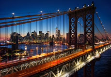 New York City - beau coucher du soleil au-dessus de Manhattan avec Manhattan a Images stock