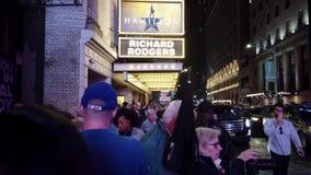 New York City, New York - 2019-05-08 - Broadway 2 Hamilton Theater Marquee Crowds banque de vidéos