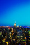 New York City cityscape i natten Arkivbilder