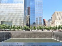 New York City - 21 de junio de 2017 - 9 11 monumento en el World Trade Center, punto cero Fotografía de archivo libre de regalías