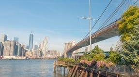 NEW YORK CITY - 25 DE OCTUBRE DE 2015: Manhattan céntrica de Brookl Imagenes de archivo