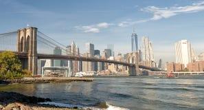 NEW YORK CITY - 25 DE OUTUBRO DE 2015: Manhattan do centro de Brookl Fotos de Stock