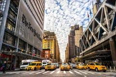 NEW YORK CITY - DEC 01 den New York Times byggnaden Arkivfoton