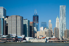 The New York City Downtown w the Freedom tower Royalty Free Stock Photos