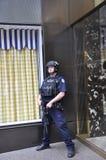 New York City, el 1 de julio: Oficina de policía de la torre del triunfo de Fifth Avenue en Manhattan de New York City en Estados Foto de archivo