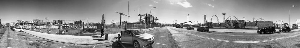 NEW YORK CITY - EM OUTUBRO DE 2015: Turistas no passeio de Coney Island Imagens de Stock Royalty Free