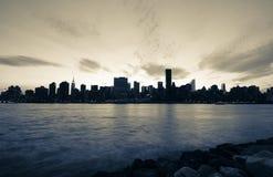 New York City em preto e branco dramático imagens de stock