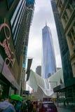 New York City, Estados Unidos da América - maio 01,2016: O Oculus no cubo do transporte do World Trade Center Foto de Stock