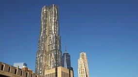 New York City - Etats-Unis Vue à l'horizon du centre de Lower Manhattan avec photographie stock libre de droits