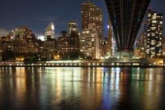 New York City från Roosevelt Island Arkivfoton