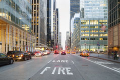 New York City från gatanivå Fotografering för Bildbyråer