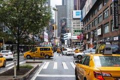 New York City gataplats på Broadway som ser södra royaltyfria foton