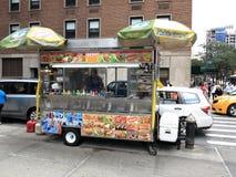 New York City gatuförsäljare Arkivbilder