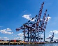 New York City hamn, last, behållare och kran royaltyfri bild