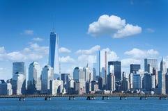 New York City horisont från Liberty State Park Royaltyfria Bilder