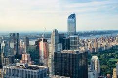 New York City Horizon du centre de Manhattan au coucher du soleil Photos stock