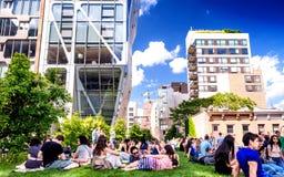 NEW YORK CITY - 15 JUIN 2013 : Ligne élevée parc dans NYC Le L élevé Images stock